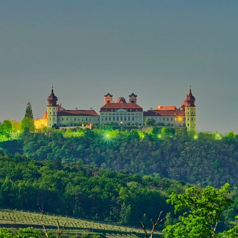 Photo by Martin Skopal in Stift Göttweig, Krems with @goettweig. Image may contain: sky, outdoor and nature